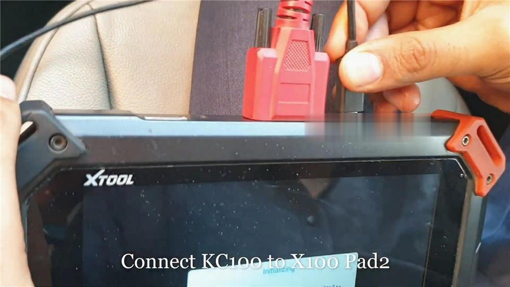 audi-q5-add-a-key-via-xtool-x100-pad2-kc100-11 (2)