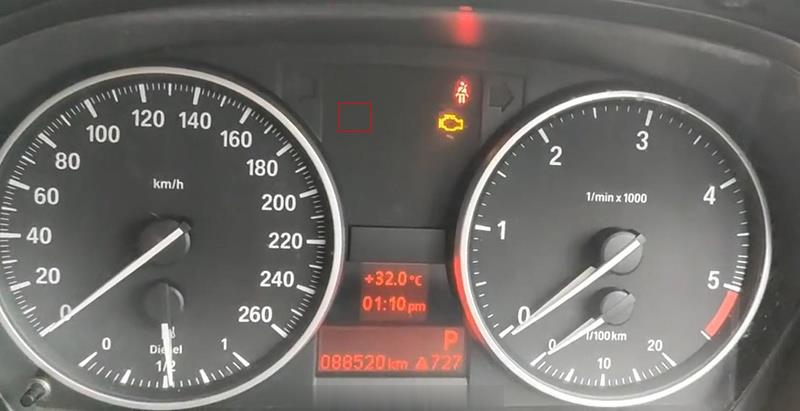 BMW-Diagnosis-&-Service-Light-Reset-by-XTOOL-A80-PRO-6 (2)